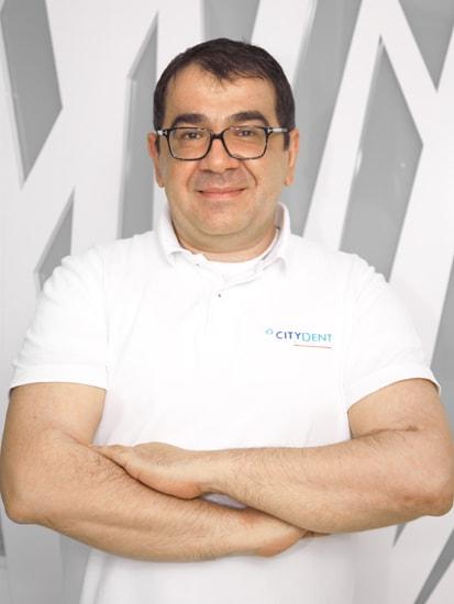Dr. Victor Ghiță